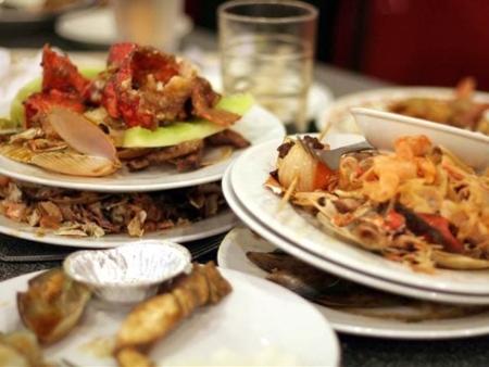 leftover-food-plate