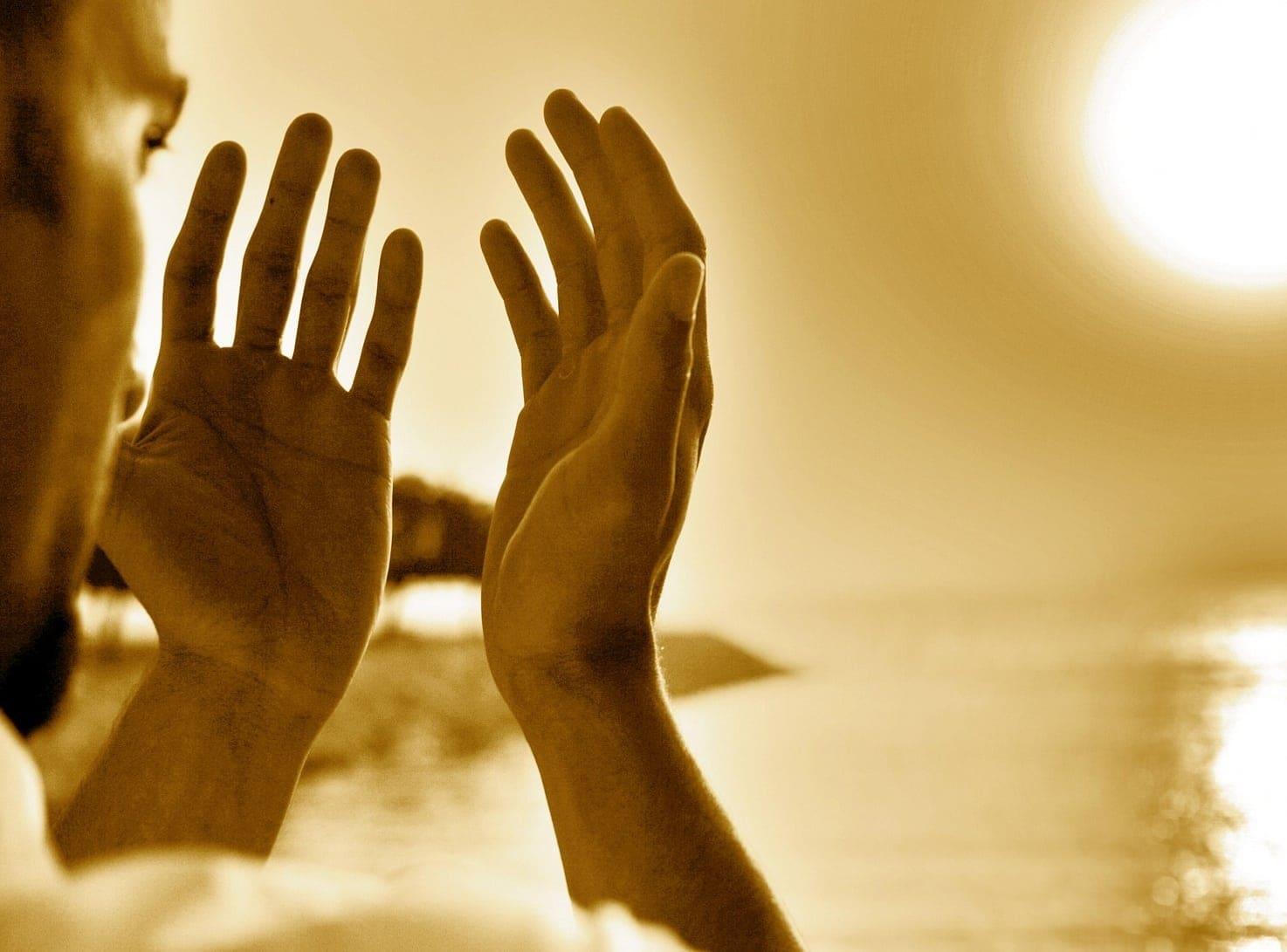 دعاء يحنن قلب الزوج لزوجته