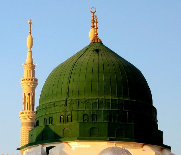 Masid-Nabawi-at-Sunset-Green-Dome
