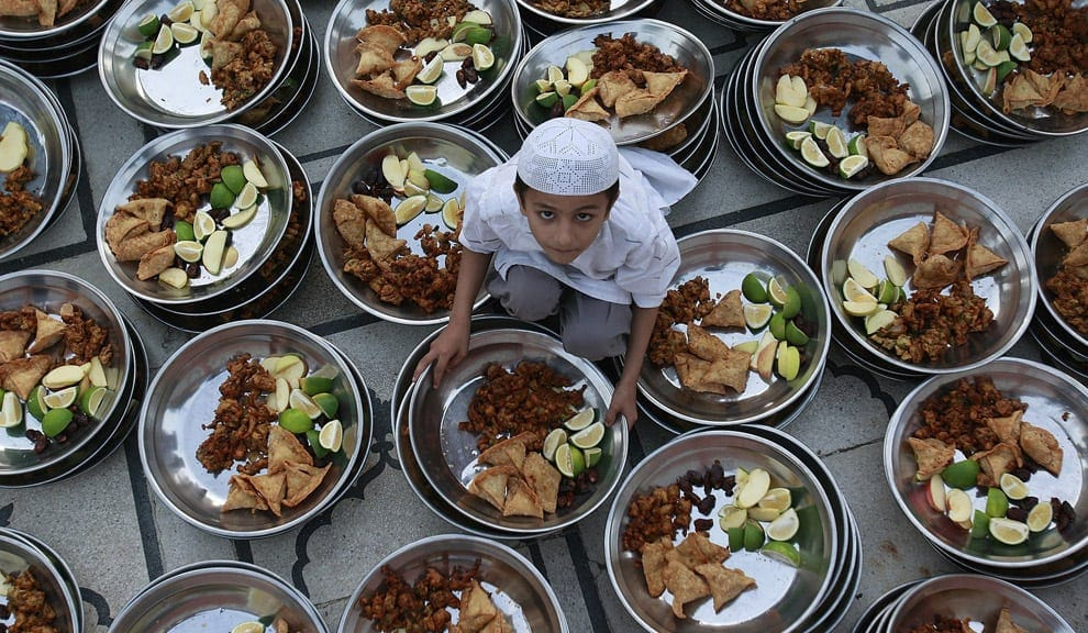 Iftar Muslim Child