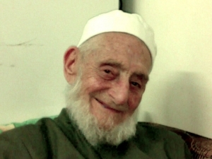 Shaykh Shukri Luhafi smiling